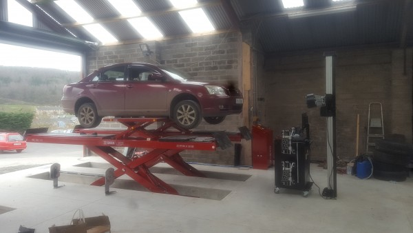 Scissor Lift and Wheel Alignment Machine for Kieran Crowley
