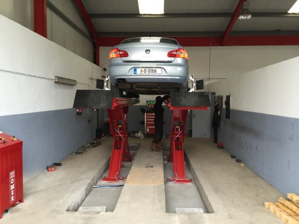 Omer Alignment Scissor Lift installed in Donegal Tyres