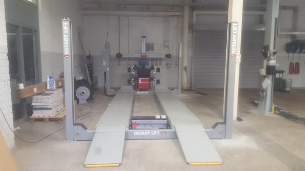 John Bean V2200 3D Wheel Alignment Machine for Hillside Tyres